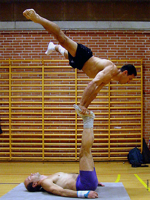 Akrobatik_Galerie_01_1080_ger.jpg